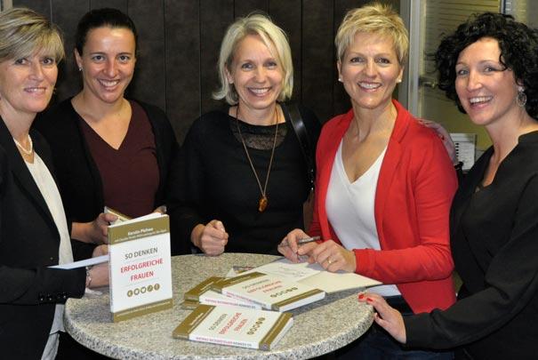 Claudia Strobl - So denken Frauen Buchsignierung